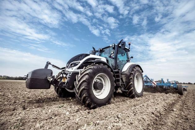 Трактор Valtra T254