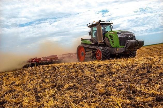 Трактор Fendt 1100 MT у роботі