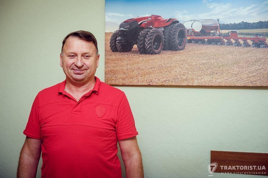 В кабінеті Миколи Трембовецького висить фото трактора Case IH Magnum Antonomous